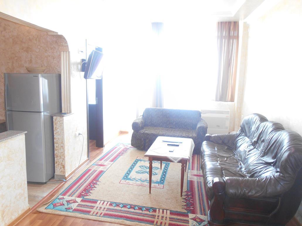 продаётся 2 комнатная квартира 33000$
