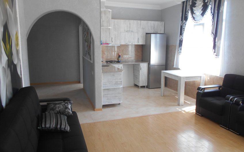 арендуется 4 комнатная квартира
