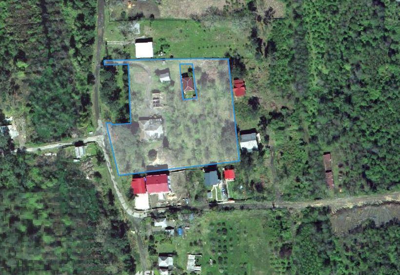 срочно продается земельный участок 500000$