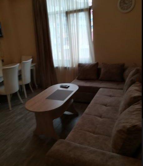 арендуется 2х комнатная квартира 500$