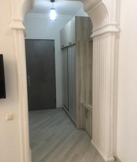 арендуется 3х комнатная квартира 450$