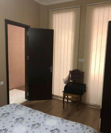 арендуется 3х комнатная квартира 250$