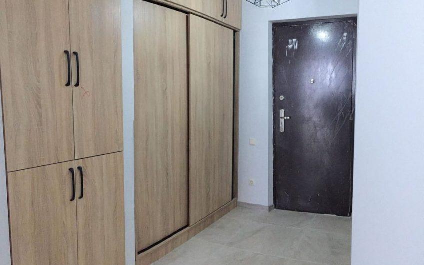 продается 3x комнaтная квартира 80000$